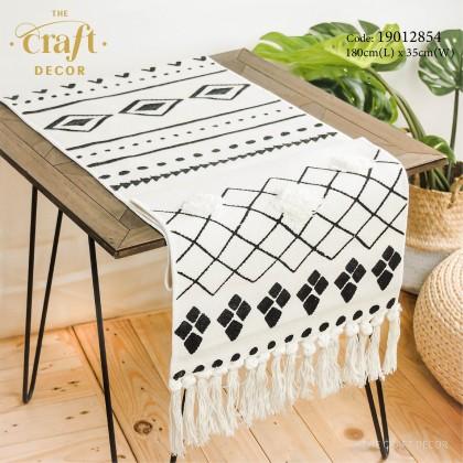Geometric Modern Minimalist style Table Runner